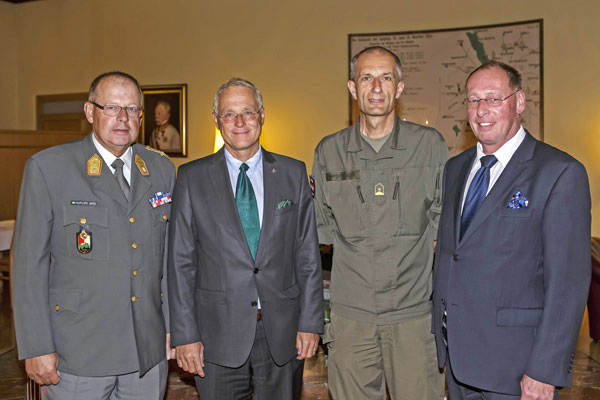 Vortrag Mali: Bgdr Hufler, Mgdr Dr. Schaffer, Mjr Lampersberger, Obst Dr. Seeauer
